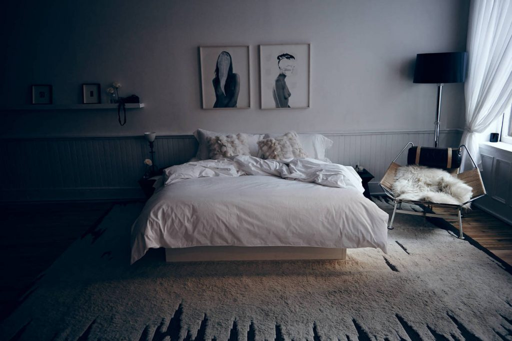 large_Editorial_Chapter_The_Apartment__Bedroom